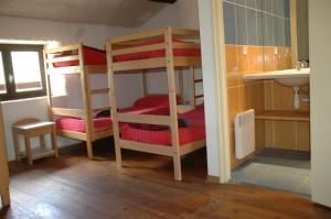 Des chambres avec sanitaires complets.jpg
