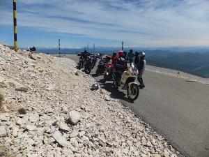 Géant de Provence en moto.jpg