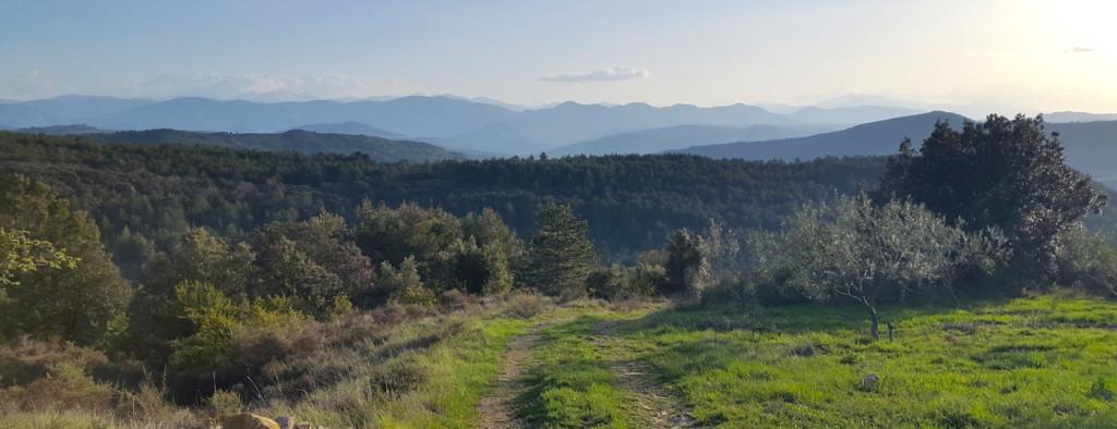 Castillou vue hauteurs pyrénées automne 2108 magnifique.jpg